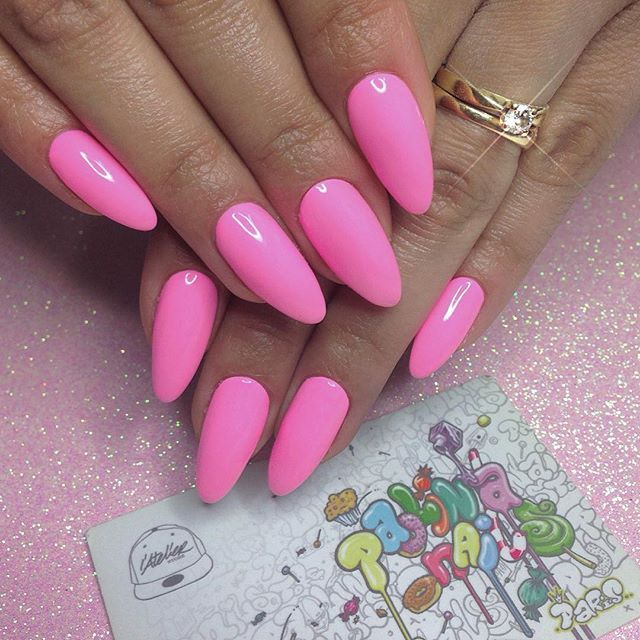 Nail Girl Games: 25+ Best Ideas About Barbie Pink Nails On Pinterest