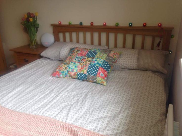 Thanks to Saskia Stafford for your photo of your Heywood Solid Oak Bed Frame in 4ft6 Double #theoakbedstore #bed #oakbed #solidoakbed