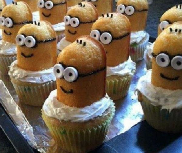 Despicable Me's Minions Disguised As Twinkie Cupcakes - Foodbeast....decorating idea, no recipe