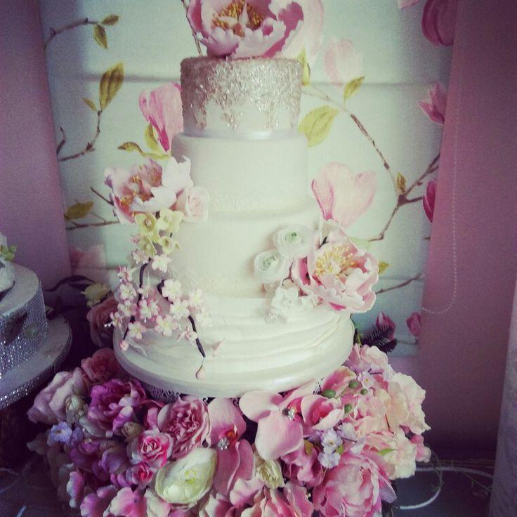 Handmade sugar flowers  Peony   wedding cake