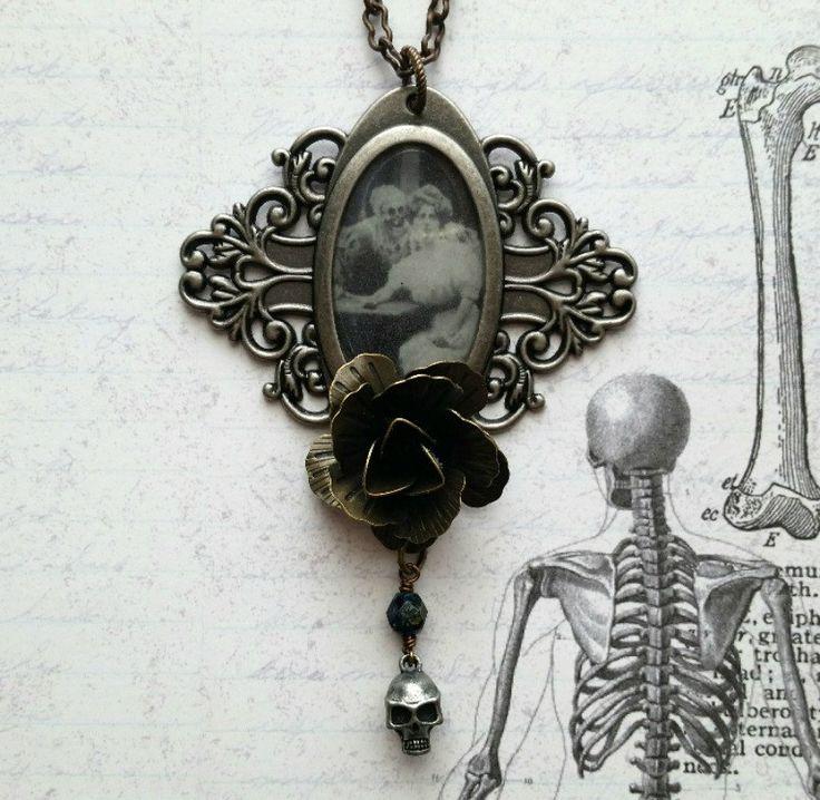 Spooky Necklace, Spooky Jewelry, Spooky Pendant, Spooky Halloween, Spooky Vintage, Spooky Picture, Vintage Halloween, Halloween Jewelry - pinned by pin4etsy.com