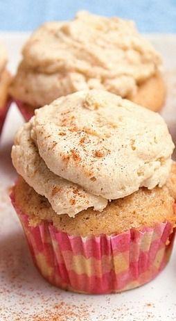 Snickerdoodle Cupcakes mit brauner Zuckerbuttercreme – Fabtastic Life!