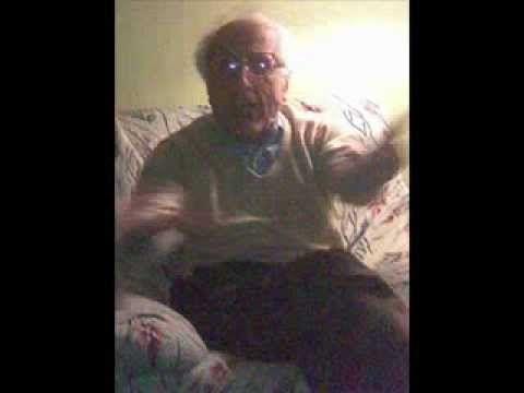 Nonno bestemmia perché non capisce un numero di telefono - YouTube