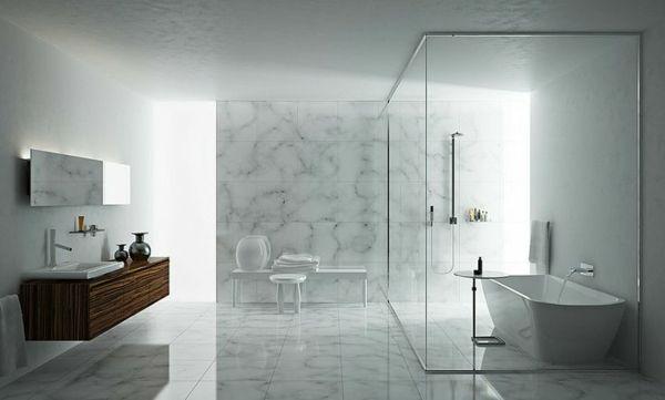 Freistehende Badewanne Im Modernen Badezimmer Badezimmer 2018 Minimalistisches Badezimmer Marmorfliesen Badezimmer Und Gemutliches Badezimmer