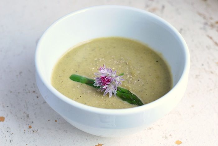 Rich and velvety cream of asparagus soup recipe