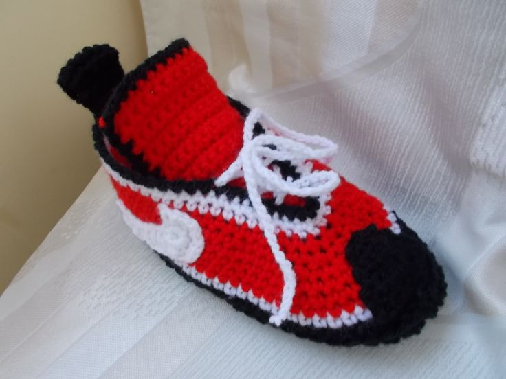 Converse Slippers Women Converse Slippers crochet  slippers handmade slippers Knitted Slippers red slippers (45.00 USD) by valdesven