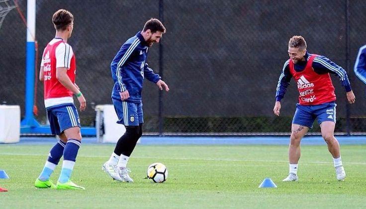 Messi llegó Australia, se bajó del avión y se entrenó por primera vez con Sampaoli: Mauro Icardi también fue parte de la práctica, aunque…