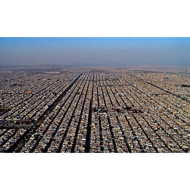 Desafíos de la arquitectura (Crecimiento urbano).