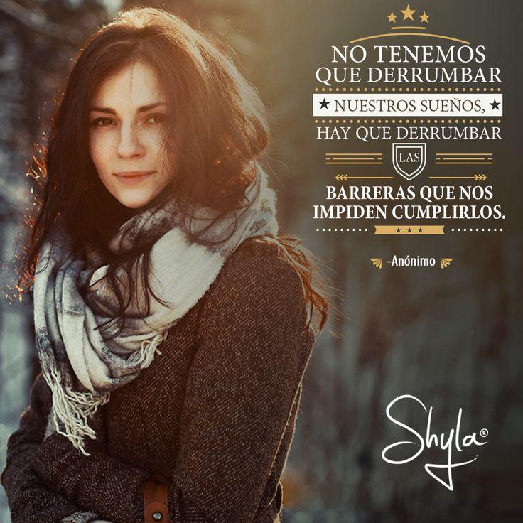#ShylaMx #Abrigos #FallWinter #Coat #City #Woman #Girls #Fashion #Moda #Mujer #Ciudad #México #Frases #Quotes #Inspiración