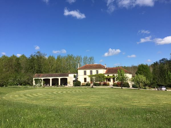 Le Moulin De Chazotte Wedding Venue In The Charente France House Styles Mansions France