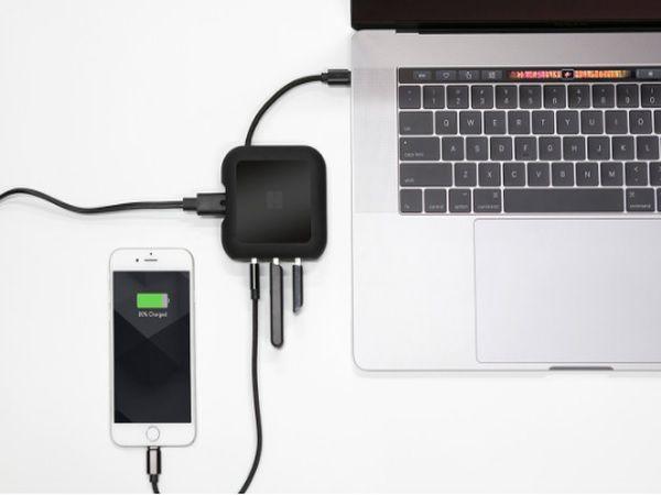 MacBookユーザー必見の究極チャージャーUSBハブと1つになった同時に3デバイスを2倍高速充電