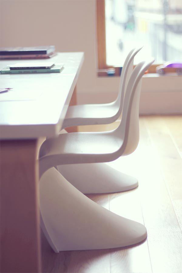 Mesas modernas para dormitorios de niños. by escarabajos, bichos y mariposas en CharHadas.com: Tables, Compartidas Para, Decoration, Children, Study, Children