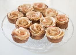 Google Image Result for http://www.weddingsbylilly.com/wp-content/uploads/2012/12/mini-rose-apple-pies.jpg