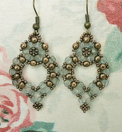 Linda's Crafty Inspirations: Free Beading Pattern - Princess Earrings