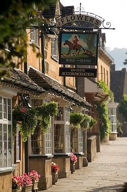 Horse and Hound pub in Broadway. Broadway is often referred to as 'The Jewel of the Cotswolds'. England