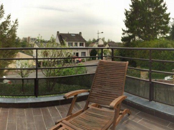 Terrasse avec garde corps aluminium