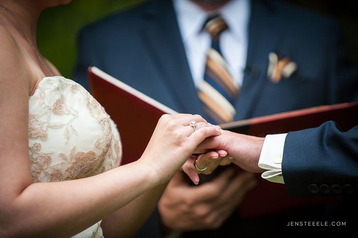 WEDDING AT STARLING LANE VINEYARD | JEN STEELE
