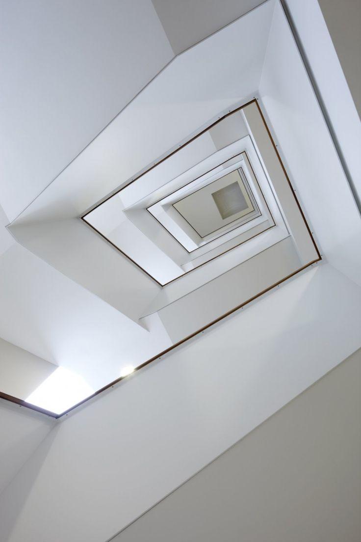 ICADE Office Interior by Landau + Kindelbacher