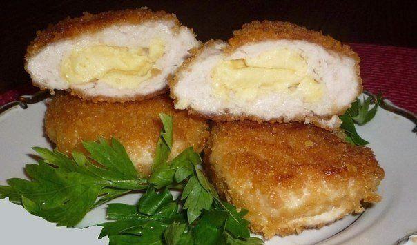 Невероятно вкусные куриные зразы с сыром и сливочным маслом
