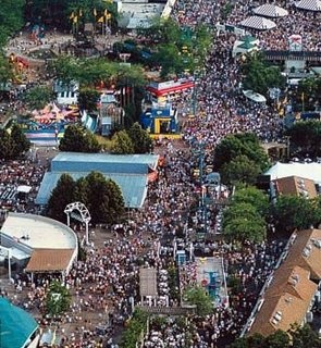 Summerfest-Wisconson-World's largest music festival-never seen anything like it before!
