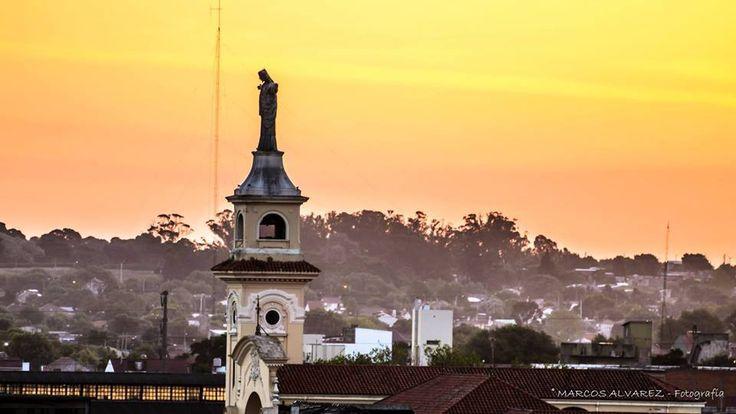 Foto de Marcos Alvarez. EL QUE TODO LO VÉ - Parroquia La Sagrada Familia y San Luis Orione - Mar del Plata