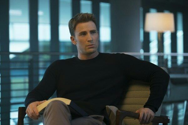 Chris Evans Reveals Why He Extended His Marvel Contract