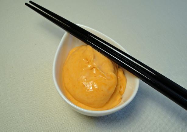 DIY spicy sushi sauce.  YUM!