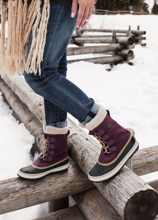 Winter Carnival, Sorel. #winter #snow #boots | Sorel boots outfit, Winter  boots women, Fashion