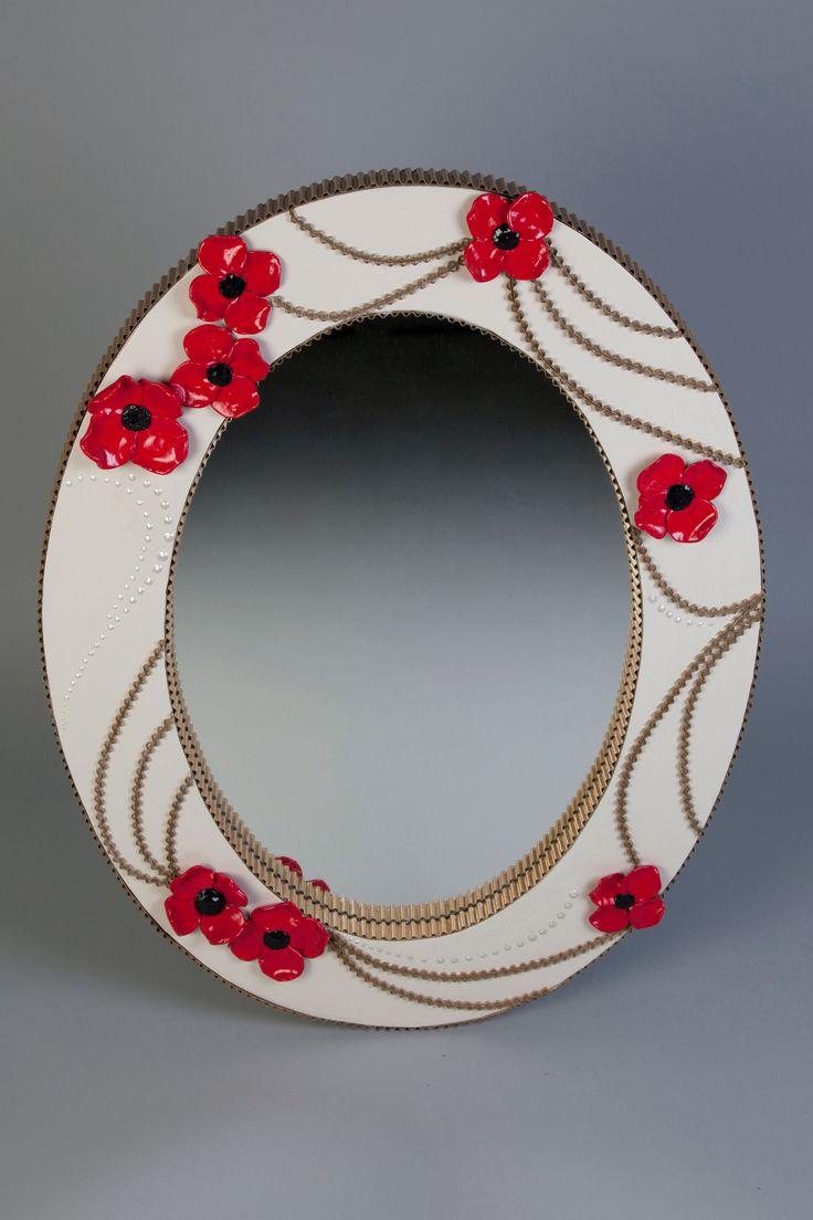 Miroir en carton décoré de fleurs de coquelicot et de dentelle de carton http://www.collection-carton.fr/product.php?id_product=67