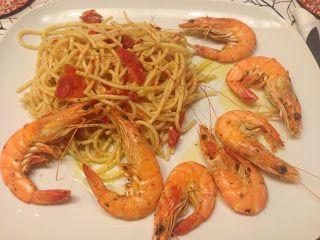 Spaghetti integrali con pomodoro e mazzancolle  food cucinasfiziosa ricetta http://www.mynotestyle.com/2013/03/spaghetti-integrali-con-pomodori-e.html