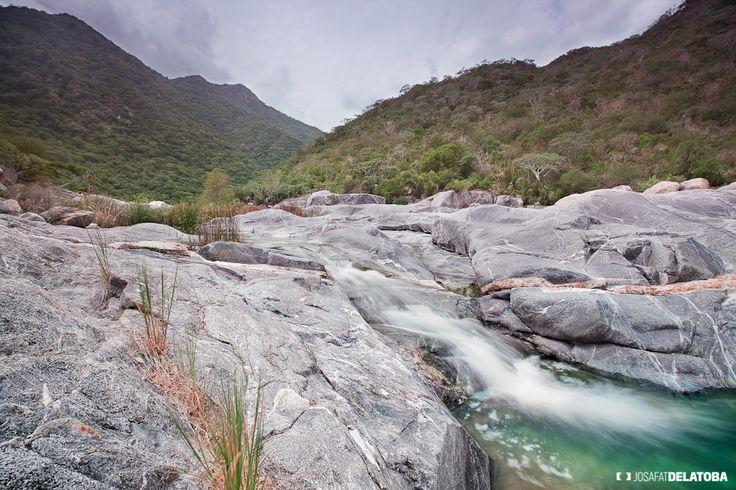 La Zorra Canyon, Los Cabos  #josafatdelatoba #cabophotographer #mexico #bajacaliforniasur #loscabos #sanjosedelcabo #stream
