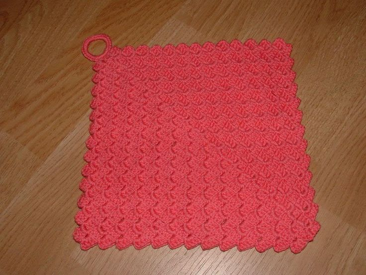Crazy Cloth Dishcloth- This free dishcloth can be utilized in many different ways while taking up less than half the space!