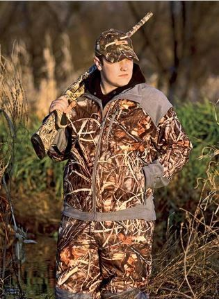 Waterfowl Gear The Best For The Year! We are going to go over the best waterfowl gear for everyone who is getting ready for the upcoming hunting season. Most of us will have some of the items we need but if you are just starting out this will give you a great idea …