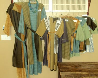 Life and Art with Glamma Fabulous: Bethlehem Costumes and Instructions