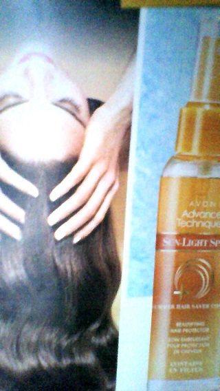 AVON C6- PRONTI..PATENZA ... E' ESTATE! Anche per i tuoi capelli Proteggili con un prodotto adeguato per renderli splendidi come una giornata estiva! ADVANCE TECHNIQUES SPRAY SOLARE PROTETTIVO PER CAPELLI con filtro UV  100 ml 3,95€