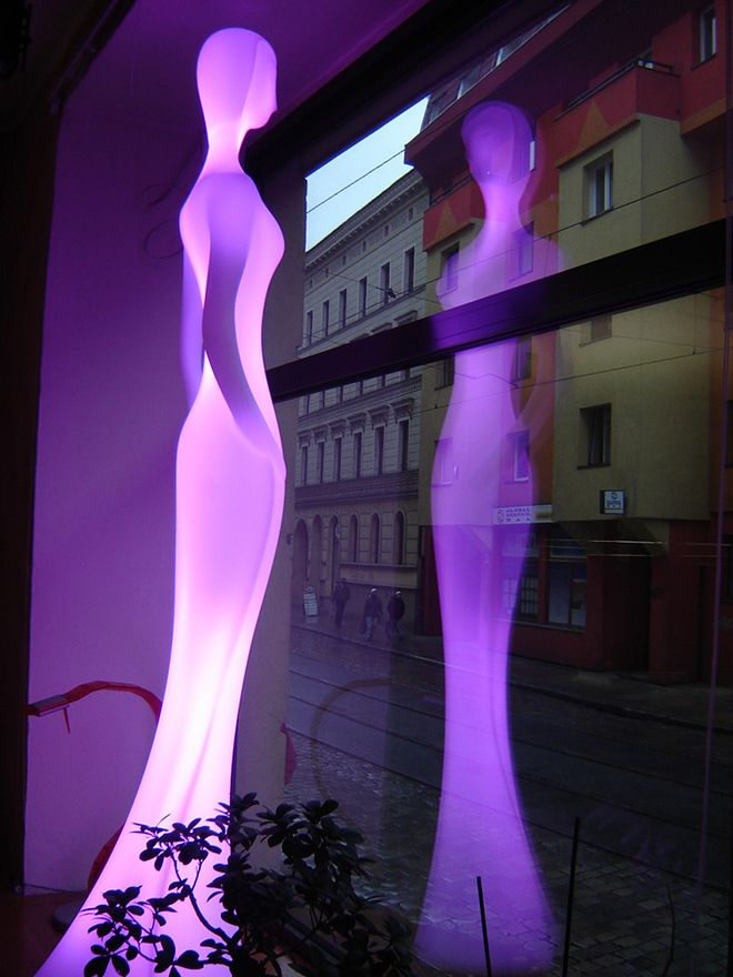Life Size Woman Floor Lamp: Penelope By Myyour
