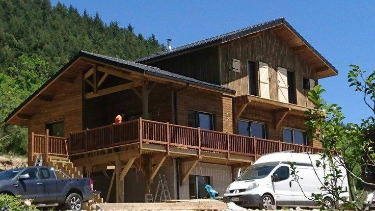 #DesClientsHeureux Une nouvelle livraison en Ariège :-) cette semaine pour l'équipe Ami Bois constructeur de maisons en bois www.ami-boisL.fr