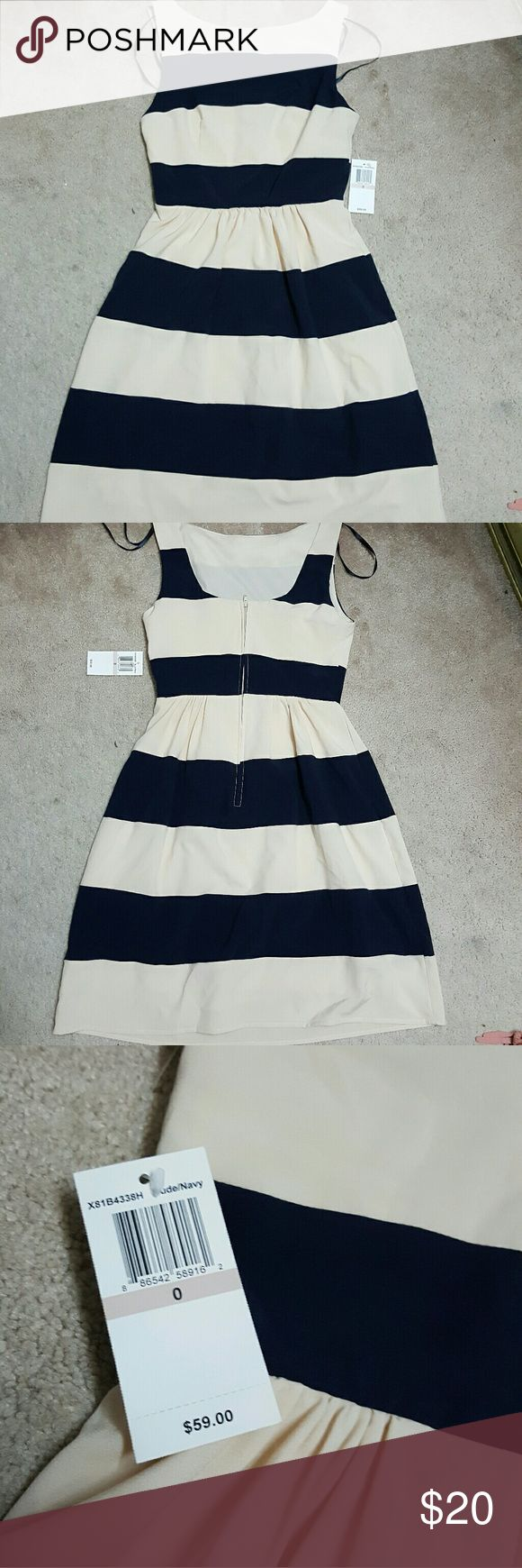 Nude & Navy stripes dress B. Darlin Navy blue and Tan Stripe dress Zipper back Size: 0 B Darlin Dresses Midi
