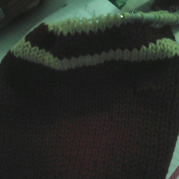 Working on a third year Harry Potter Gryffindor scarf.