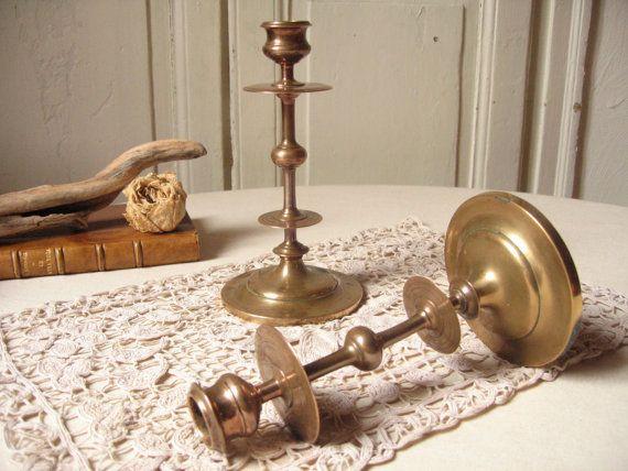 2 Bougeoirs en laiton / Paire de chandelier ancien / Porte-bougie ancien en métal / Bougeoir ancien / Vintage français / Décor de table