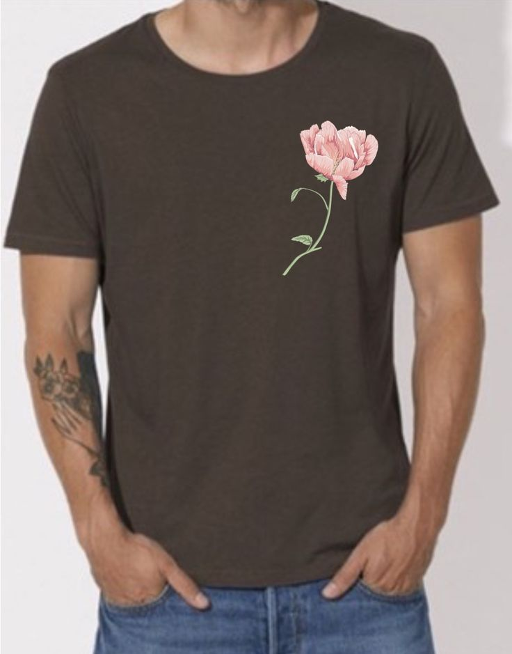 Mens tee from organic material