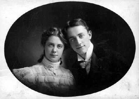 "Josephine ""Josie"" Cohan Niblo (1876 - 1916) - With brother George M Cohan"