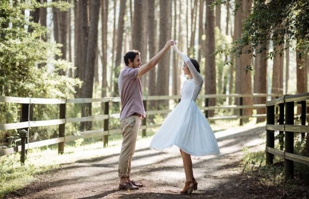 Image 5 - Maggie May Bridal: A country elopement in Styled Shoots.