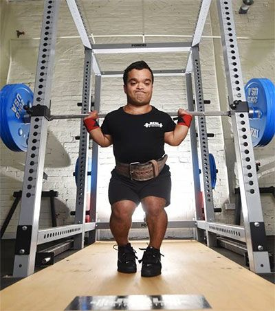He might be only 122cm tall, but New Zealand-born Kevin Gray, 32, is a tower of strength and has the powerlifting world in a spin with his amazing feats of strength. Fresh from establishing a new 59kg-class Australian squat record …