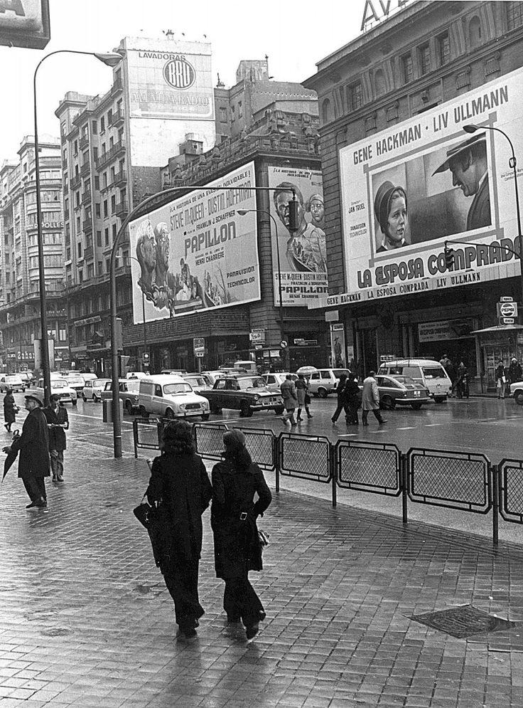Cine Avenida, 1975