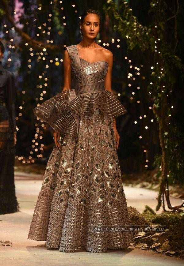 Top 25 best indian reception outfit ideas on pinterest for Amazon designer wedding dresses