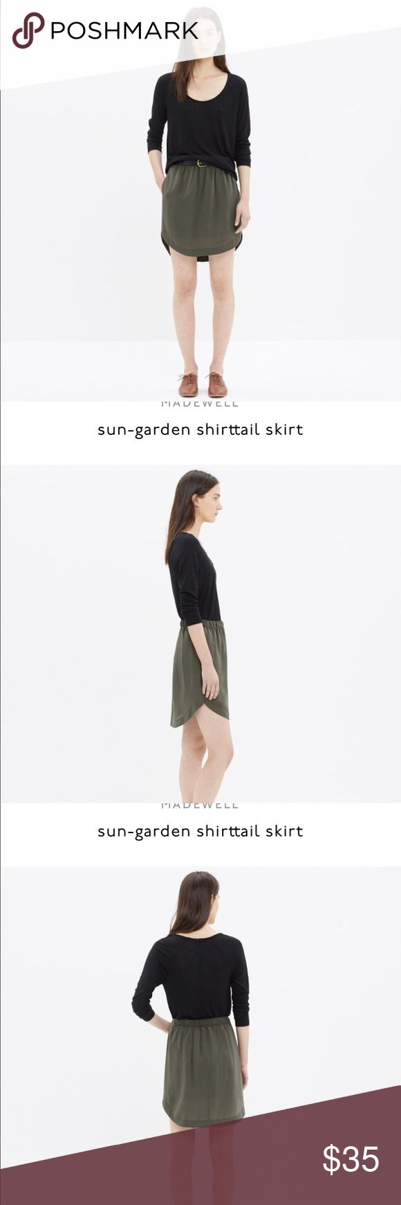Madewell Sun Garden Mini skirt in Cabernet In excellent used condition. Please see description in pictures. No damages, no stains. No modeling. No trades. Please keep offers to offer button not in comments! Thanks in advance. Madewell Skirts Mini