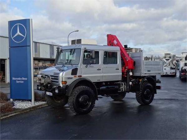 Unimog U5000 Doka + Kran + Arbeitskorb, 2011, Flatbed Trucks