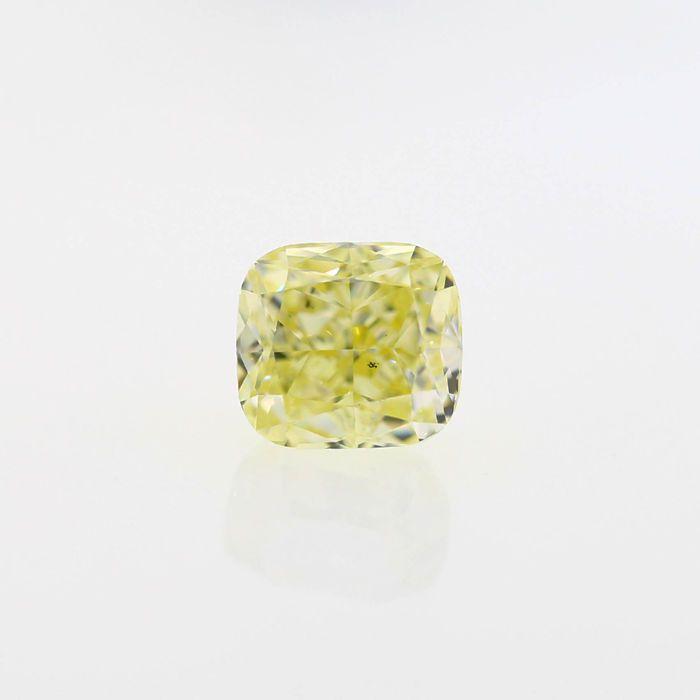 Natuurlijke mooie licht gele 2.02 ct kussen SI1 Diamond GIA Certified  Natuurlijke mooie licht gele 2.02 ct kussen SI1 Diamond met uitstekende Poolse en zeer goede symmetrie best geschikt voor middelpunt van de ring of hanger ook komen met GIA #6177195072 het is vervaardigd en de beste bron van natuurlijk geel van de Angolese ruwe gepolijst gekleurde diamanten en best geschikt met roze en witte kleur diamanten.CERTIFICAAT: 6177195072 ANTWERPEN BELGIËKNIPPEN: kussenGEWICHT: 2.02 CT.KLEUR…