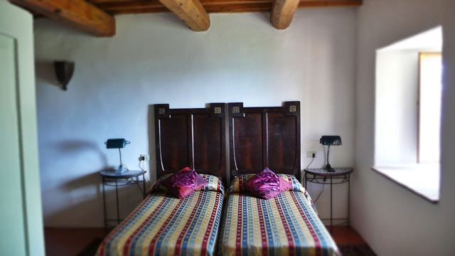 Twin Room with beamed ceiling at Alla Madonna del Piatto Assisi B&B, Vacation rental